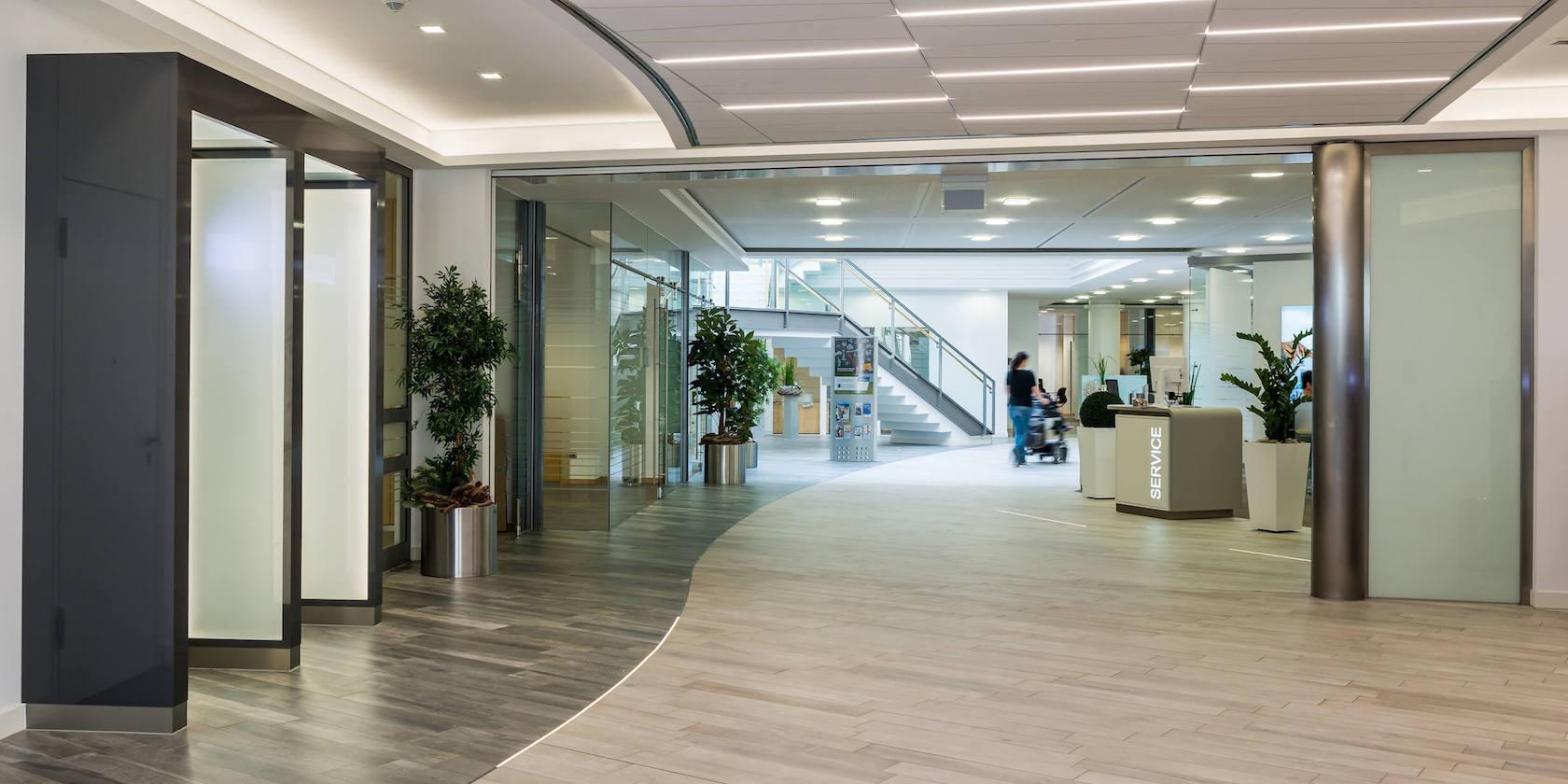 Innenarchitekt für Banken - Volksbank Lingen Eingang